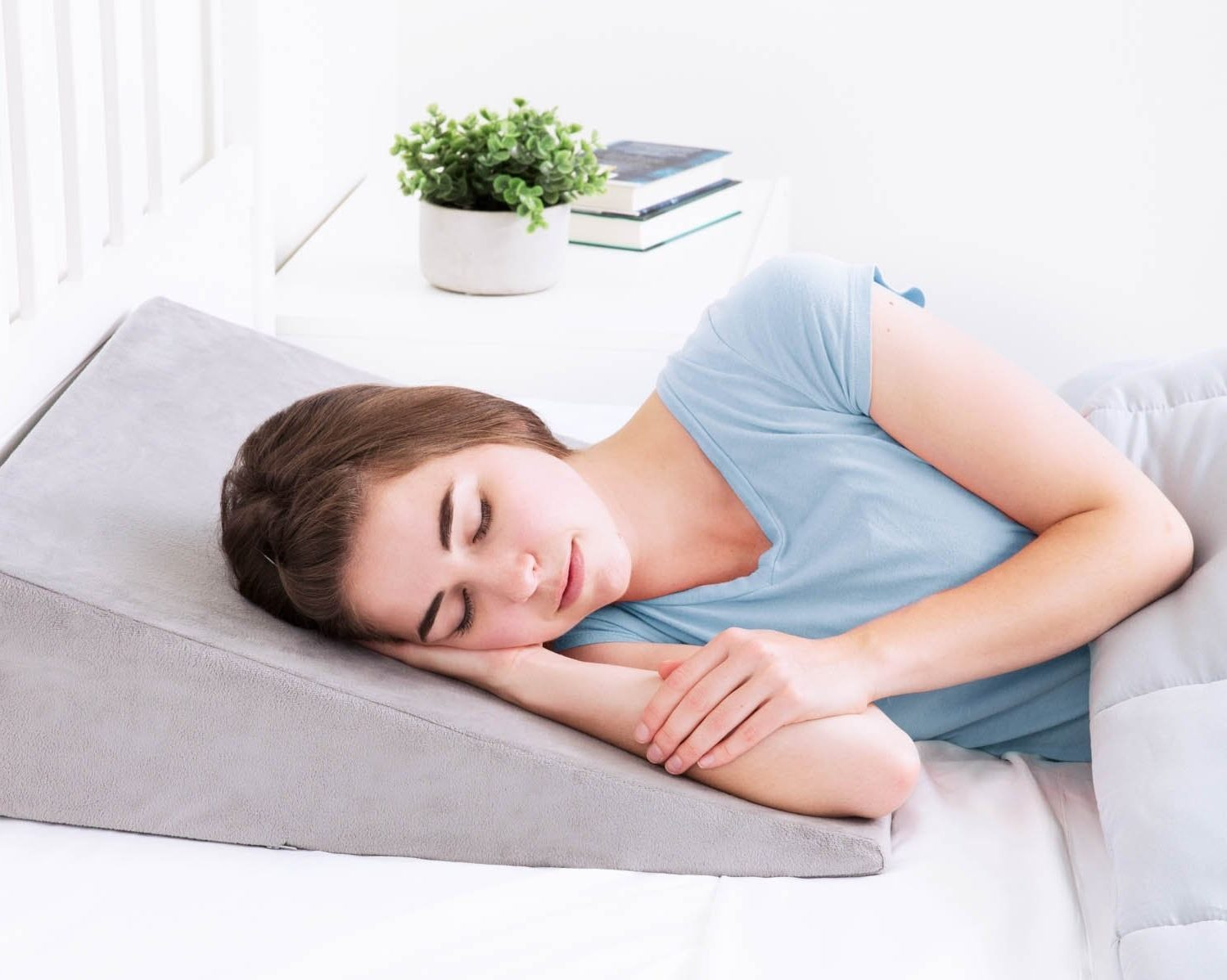 How to Buy the Right Pillow for Sleep Apnea & Snoring?